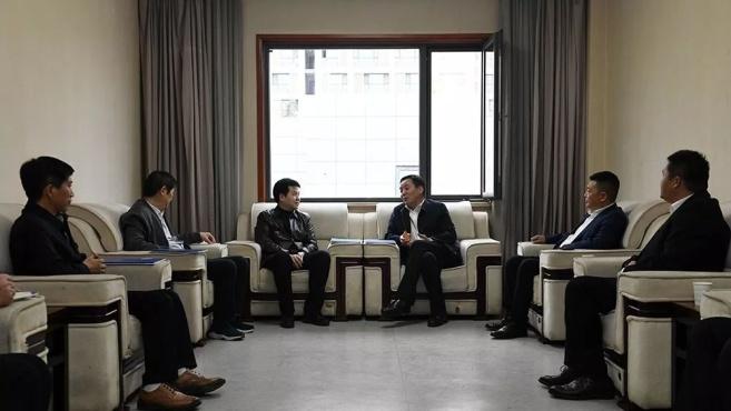 王斌会见中铁北京工程局集团董事长丁荣富