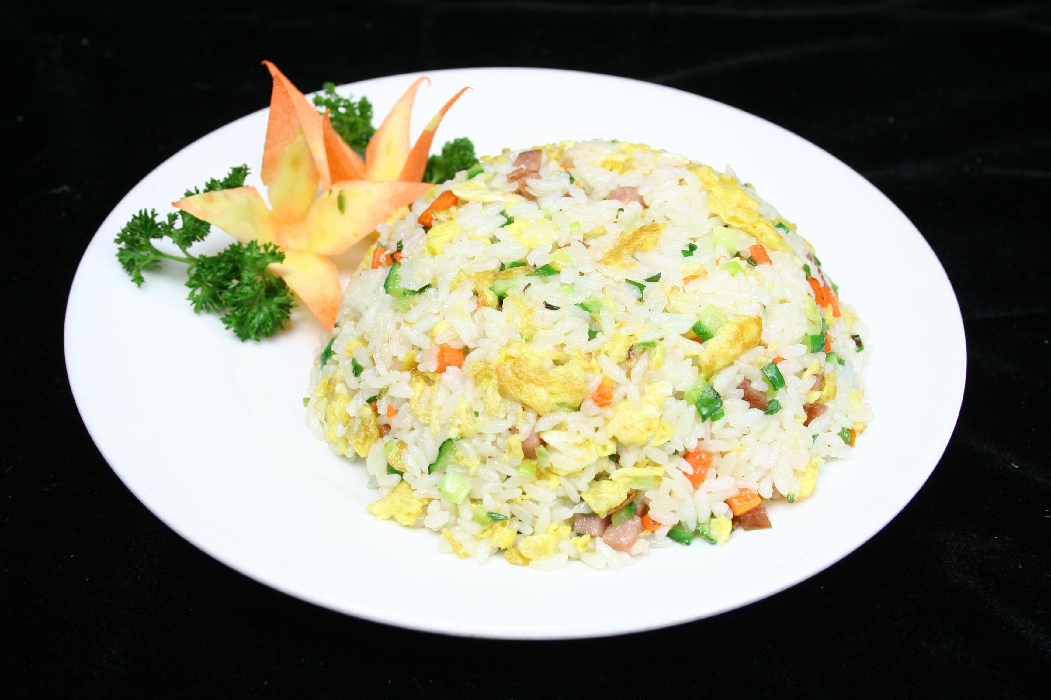 每日推荐六道美味炒菜:蛋炒饭