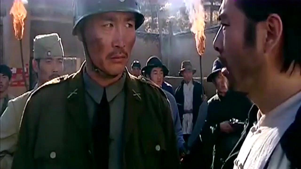 老舅在村里横行霸道,王镯子和孙俊英在家睡觉,把他气坏了!