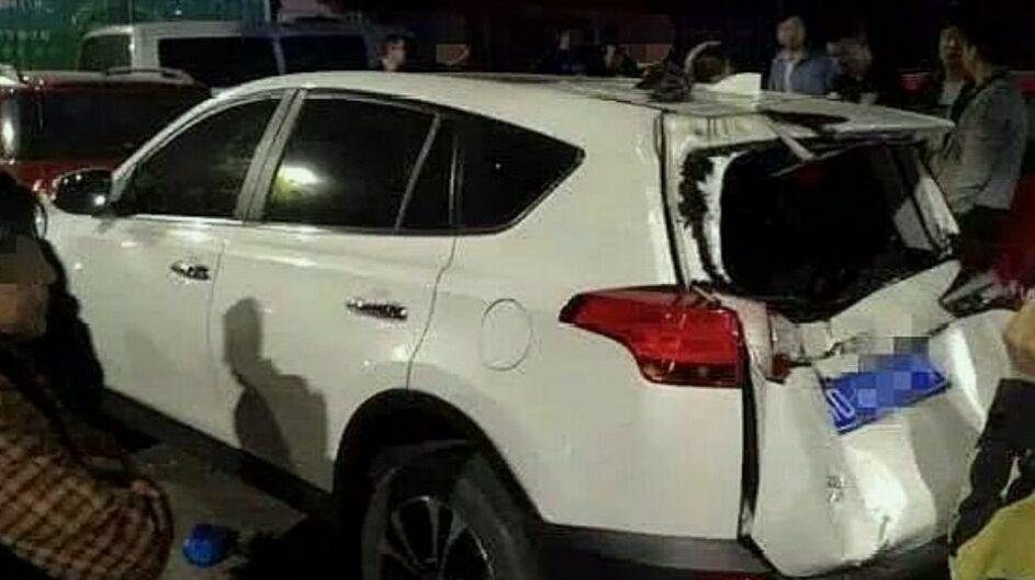 江苏一兰博基尼撞上电动车,电动车驾驶员被撞飞不幸身亡
