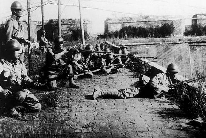日军大佐被杀,留下一个谜题,三张照片出现,揭开历史真相