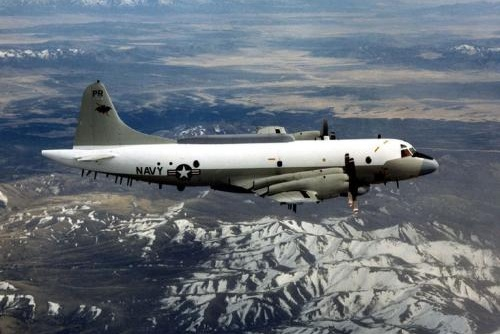 美国战机边境轮番挑衅,俄罗斯国防部一声令下,超50架战机升空