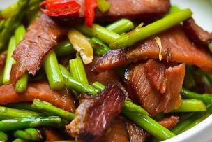 """它是""""蔬菜之王"""",三月遇见一定要买下,有了它谁还去吃肉!"""
