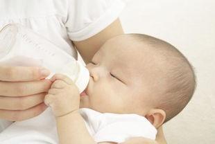 吃母乳新生儿,最好别在这个月龄添加奶粉,无论什么理由,有原因