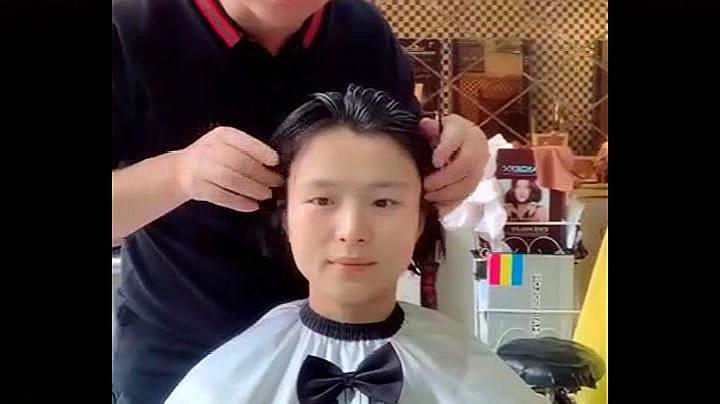 明明是一位国字脸小姐姐,理发师设计后,简直是化腐朽为神奇啊!