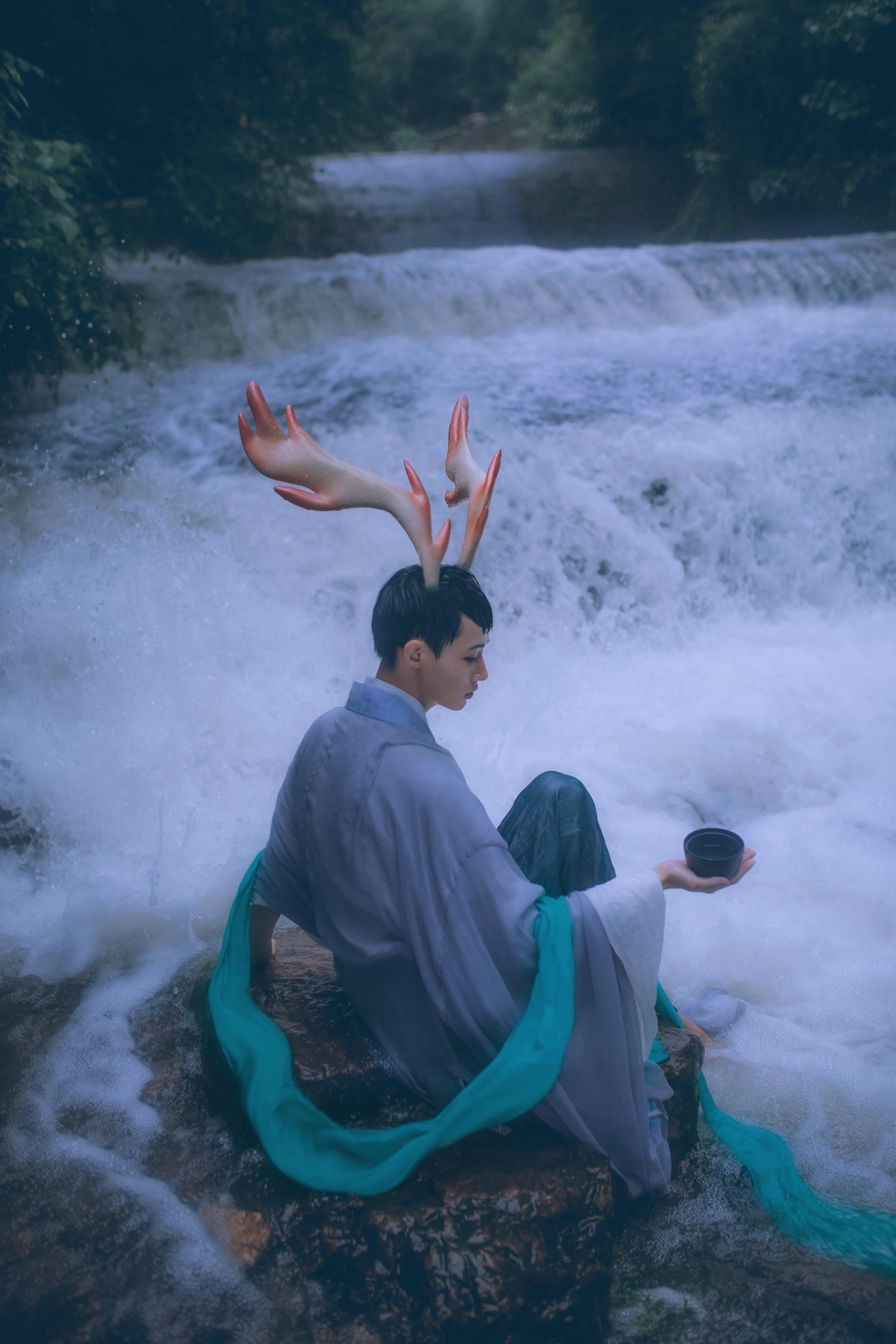 摄影师拍《大鱼海棠》的鹿神,描绘奇幻的中国神话世界图片