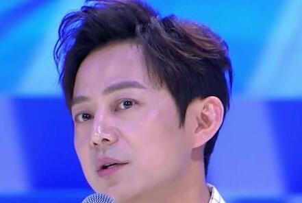 新综艺何炅任召集人,同班同学身份不同,演员德艺双馨才最重要!