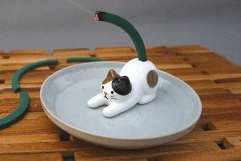日本推出猫屁股蚊香座,虽然不实用但是看起来好萌