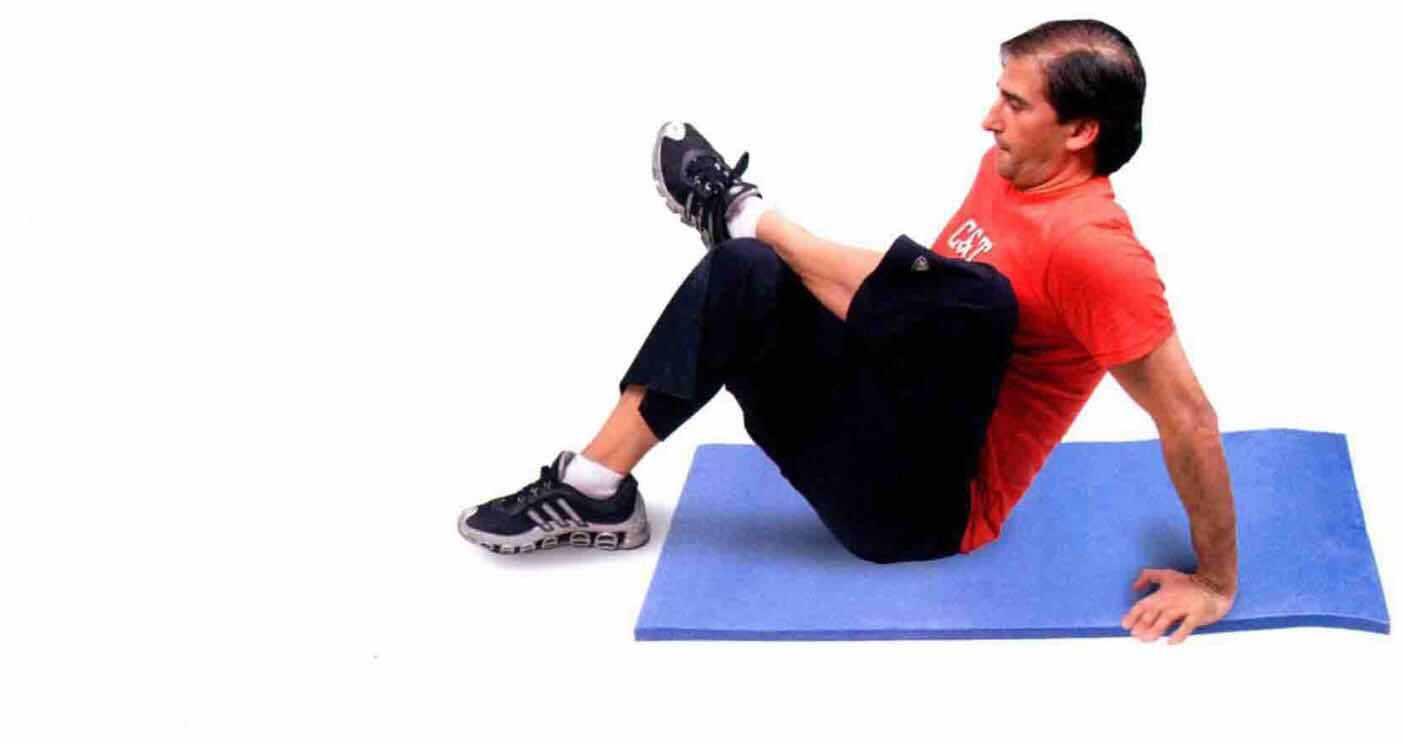 膝盖拉伸方法图解