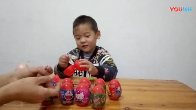 小猪佩奇拆愤路的小鸟惊喜奇趣蛋 小伶玩具