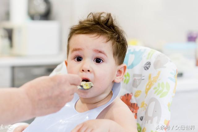 七八个月的宝宝这样吃,促进生长发育,还能聪明又颜值高!