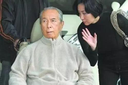 """97岁赌王频传病危,他儿子首开腔否认:""""赌王很好"""""""