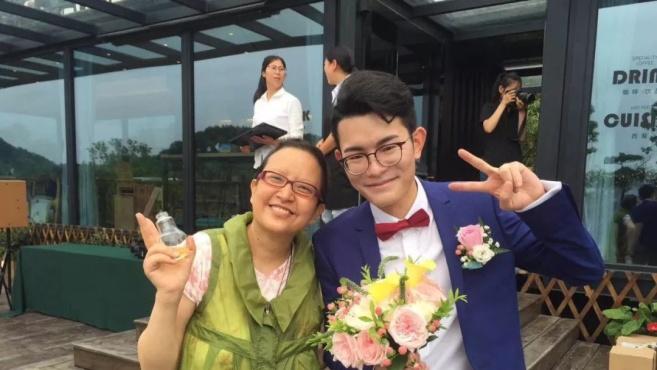 和乳腺癌搏斗4年,女记者今晨离世!这个春节,女儿再没有妈妈了