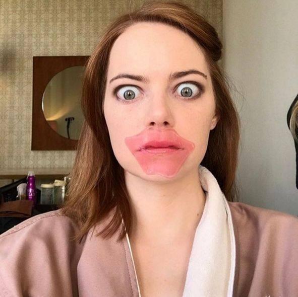 """因焦虑而开始表演的奥斯卡影后,石头姐Emma Stone14岁辍学离家靠""""喜?#23567;?#22280;粉"""