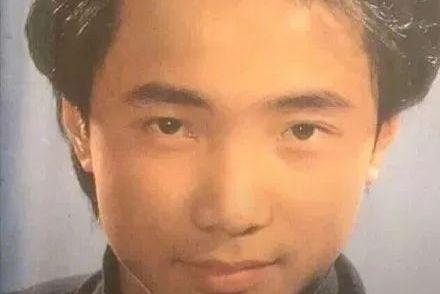 沈腾喜提亚洲最帅面孔被群嘲:你怕是没见过他年轻的样子吧