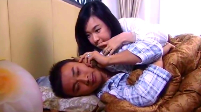 霸道总裁与双目失明的富家女终于幸福完婚,幸福的生活在一起