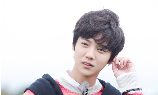大陆电影男明星照片_一组娱乐圈中男明星的照片,鹿晗,你喜欢吗?