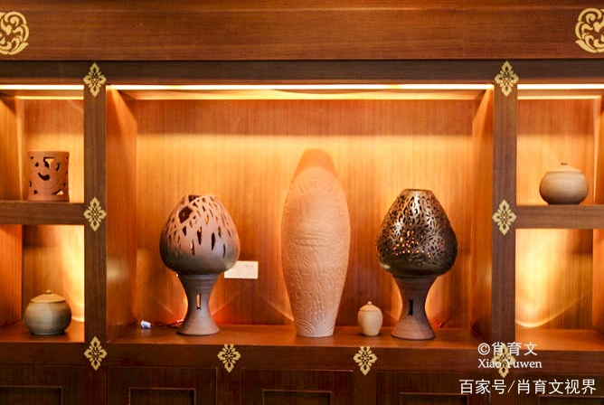 西双版纳的慢轮制陶已经延续了四千多年,土锅保鲜程度堪比冰箱