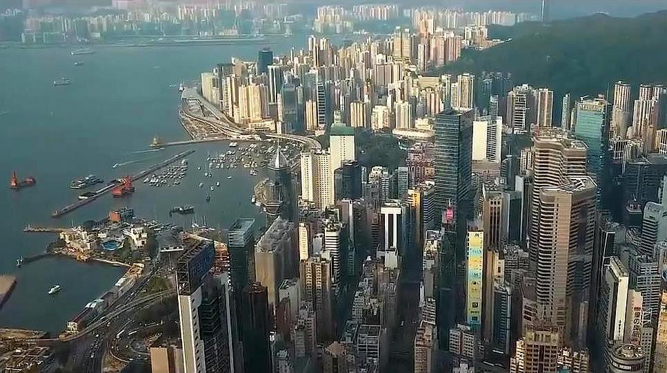 香港学校还能开学吗?暴乱分子又在搞事情,香港市民们纷纷反击
