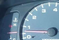 转速越高扭矩越小,那为何最大扭矩转速是3000而不是700呢