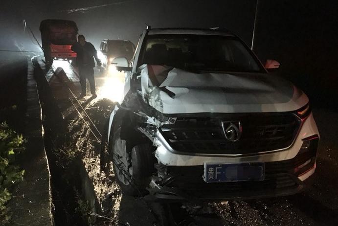 宝骏530发生事故安全气囊未弹出 车主:六个气囊都是摆设吗