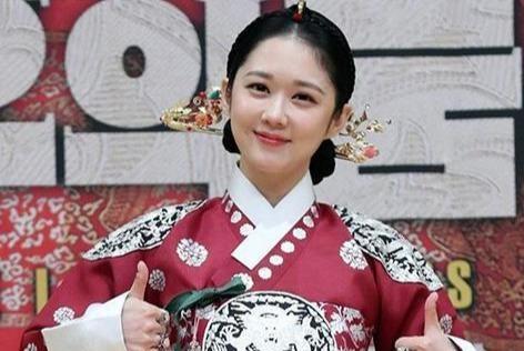 《皇后的品格》张娜拉回归颜值C位出道,录视频又被打回原形了!