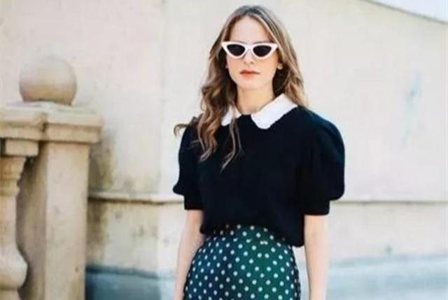 春季黑衬衫配什么颜色裙子好看又养眼,这8种穿搭值得一试…