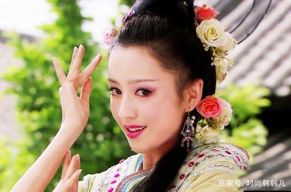 佟丽娅的古装扮相一直很受好评,我见犹怜的赵飞燕,柳叶眉,丹凤眼,清新图片