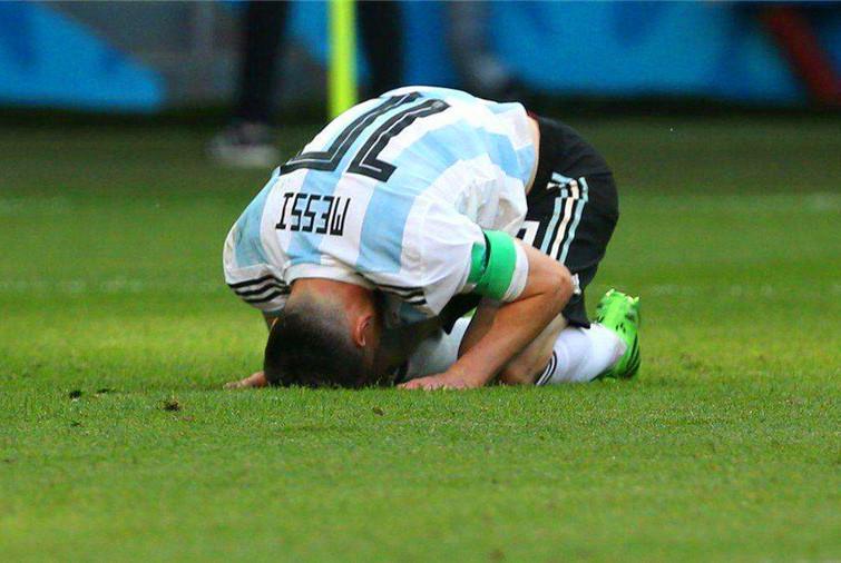 梅西在阿根廷的悲怆,总是难逃这二字,巴蒂与国米老队长也有经历