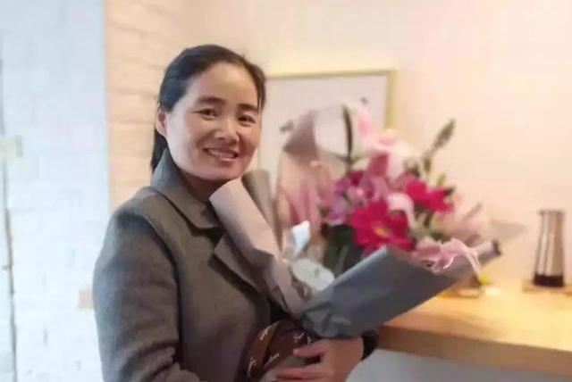 家嘉母婴月嫂访谈:做月嫂其实和医生一样——刘丽凤