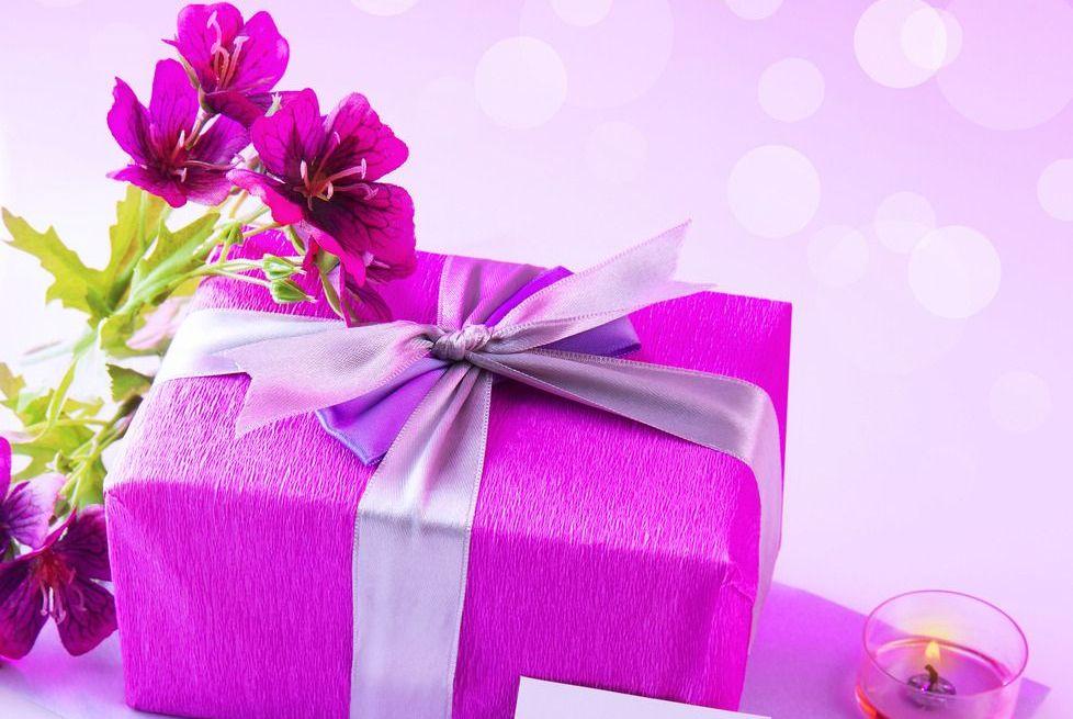 趣味测试:你会选择哪个礼盒装礼物?测你在爱情来临能否敏捷探测