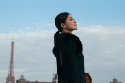 为拍戏退学、23岁拿下国际大奖家喻户晓,梅婷是真的很爱演戏啊!