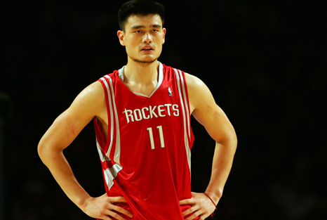 中国有4人能在NBA领到退休金,除了姚明和易建联,你还能想到谁?
