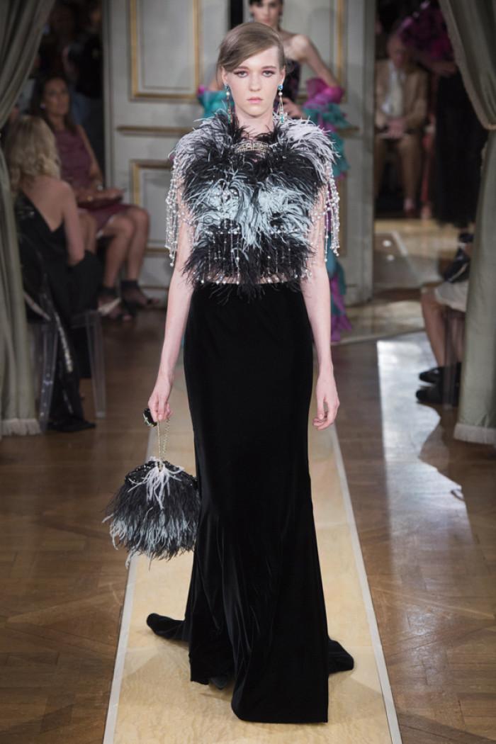 时装秀:时装模特穿搭值得借鉴,搭配时尚前卫,风格飘逸
