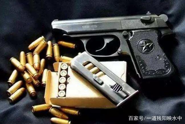 国产64式手枪,为何将威力设计的这么小?实战中威力欠佳