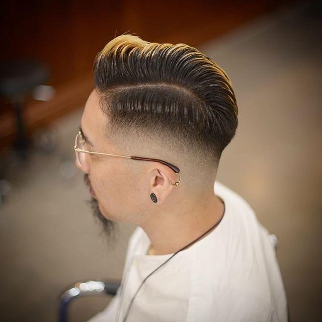 二八分的男生发型,成熟稳重有气质图片