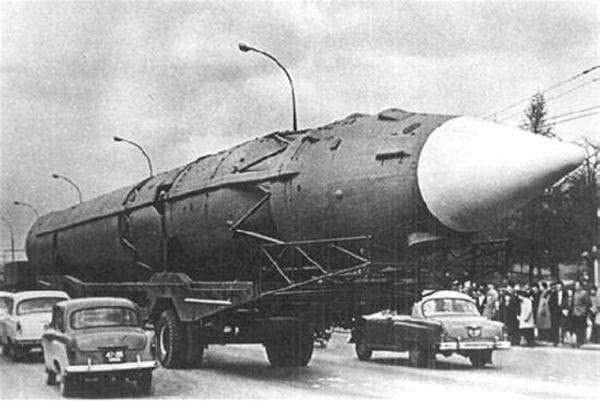 60年前,美军5000枚核弹3000架战机已就绪,为何放弃对中国下手?