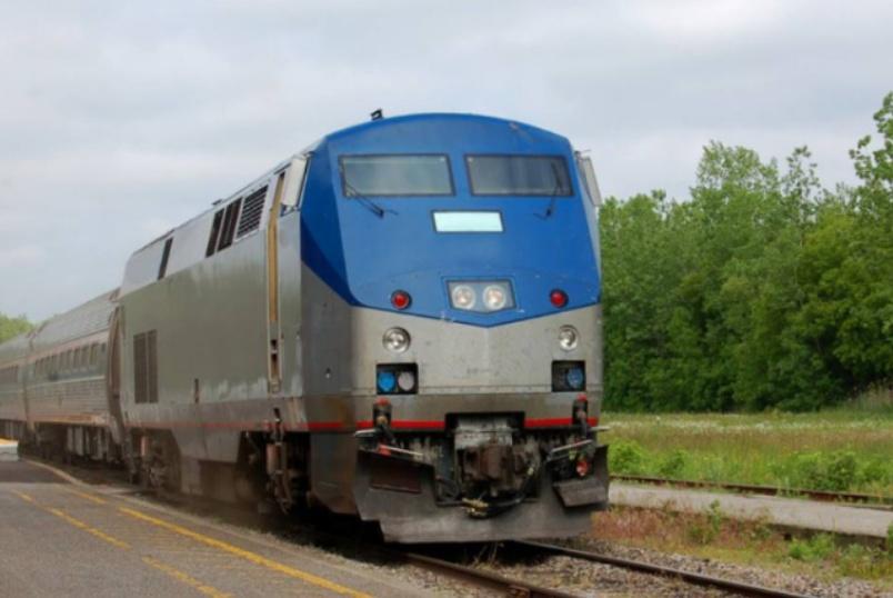 为什么大家宁坐18小时火车,也不坐6小时高铁、2小时飞机?