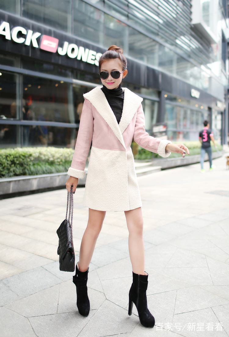 个性穿搭:简约时尚的穿搭,显得成熟又优雅,女人味十足!