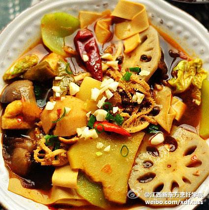 分享快手家常的冒菜和葱油挂面汤,10分钟让你快速做出
