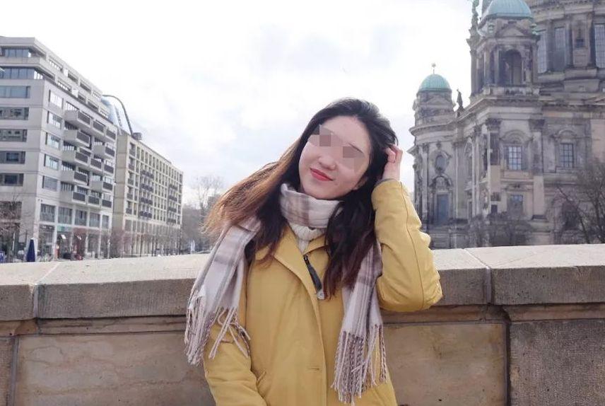 中国留学生女孩德国展会兼职,雇主几次提出性服务,被拒后遭辞退
