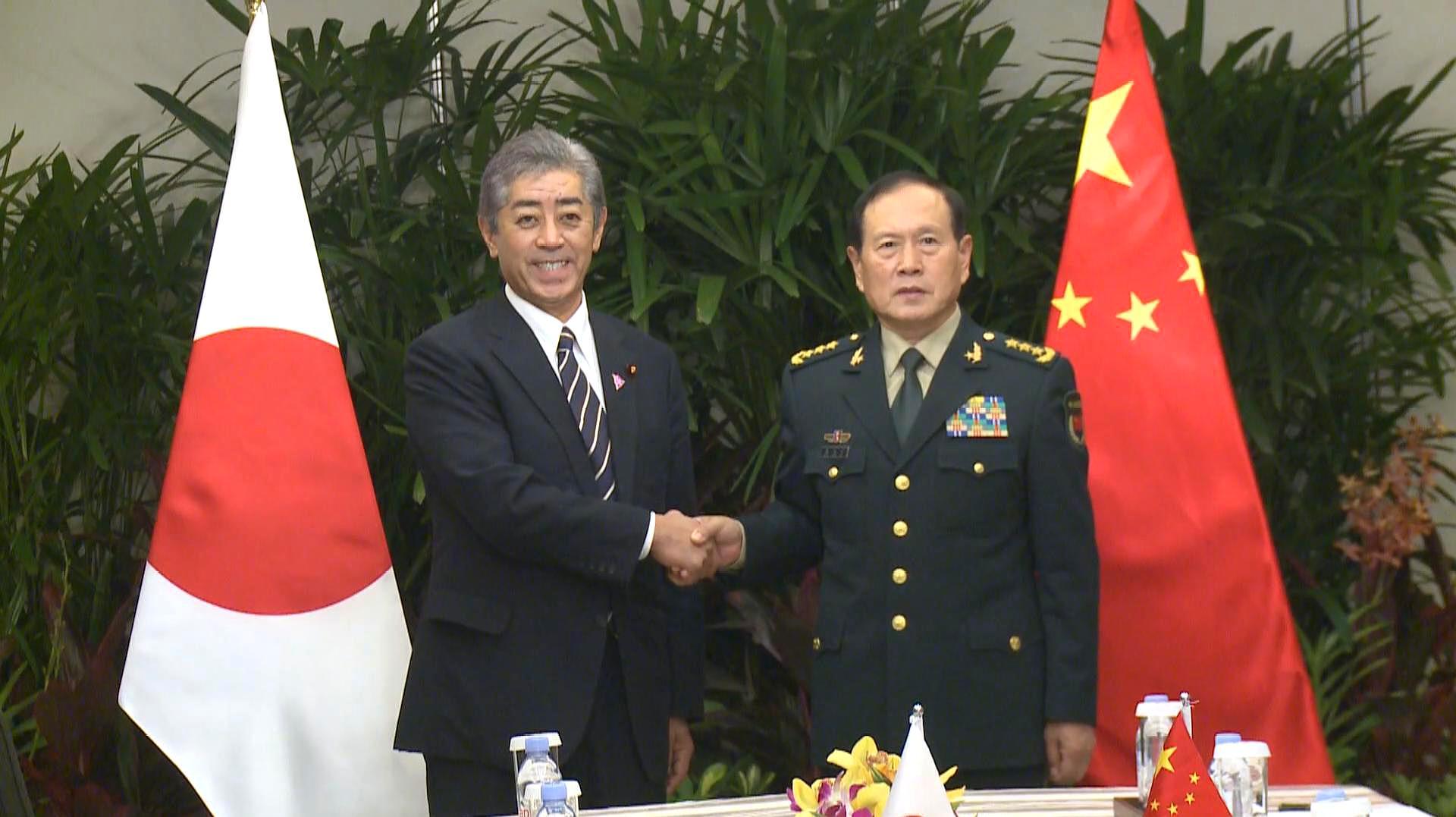 记者直击丨为见中国防长 日本提出凌晨一点会面