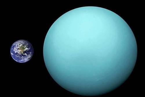 科学家猜测40亿年前,一个巨大的天体撞偏了天王星,它去了哪里?