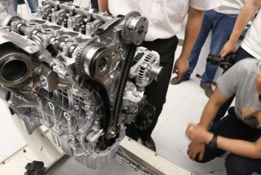 发动机原理大家都懂,为啥国产发动机那么差劲?内行人说出了答案
