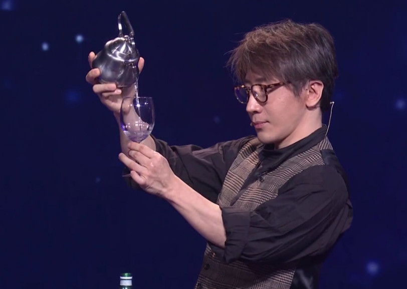 刘谦春晚表演魔术