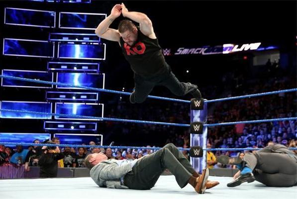 他曾暴打老板,单挑战神高柏!如今成为WWE冠军头号挑战者