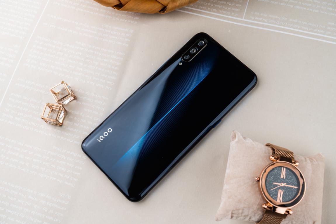 iqoo图赏:一款让用户连连叫好的高性价比手机