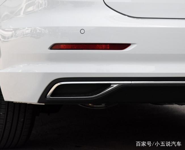 此外,全新一代朗逸根据车型的不同分别配备了6.