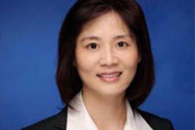 华人精英美女律师靠诈骗同胞,15年狂捞$1200万,如今被全球通缉…