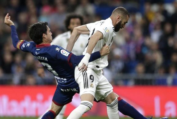 西甲积分榜:皇马主场3-2绝杀,保级队齐发力或拉西班牙人下水?